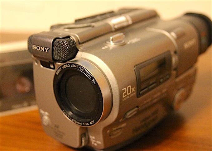 ハンディカム8ミリビデオカメラ